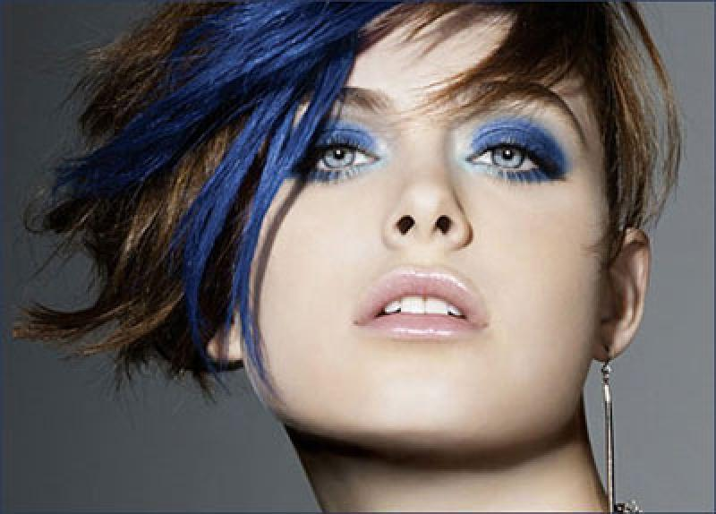 Фото модного новогоднего макияжа для встречи Нового года Синей Лошади