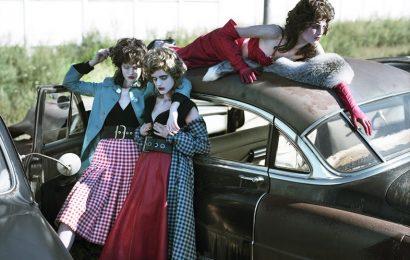 Будни зомби-барышень в респектабельном пригороде 50-х
