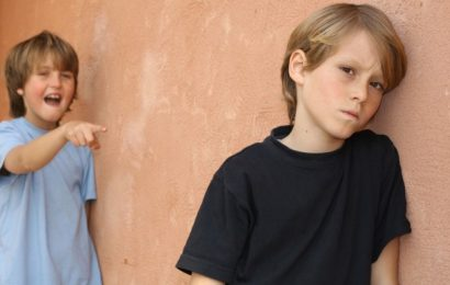 Как научить ребенка реагировать на дразнилки