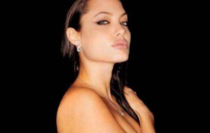 Анджелину Джоли преследует смерть